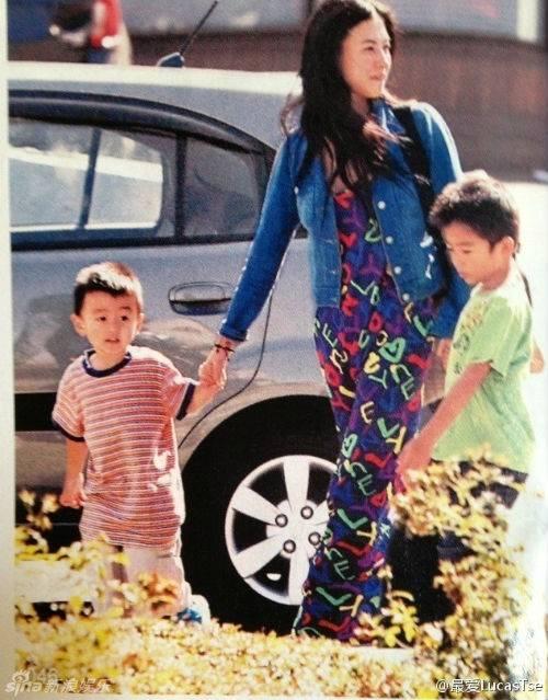 [31/8] Tạ Đình Phong cô đơn khi 2 con trai ở Canada xa xôi Ta-dinh-phong-co-don-khi-2-con-trai-o-canada-xa-xoi_zps7e8c50ce