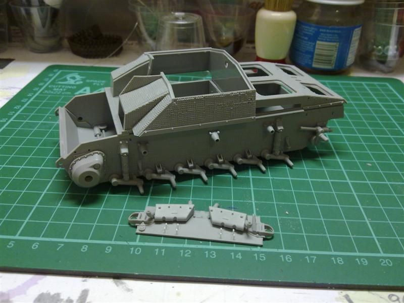 Andrew C's Build #2 - DML/CH 6454 StuH 42 w/Zim - Alkett March 1944 Production 271120126202