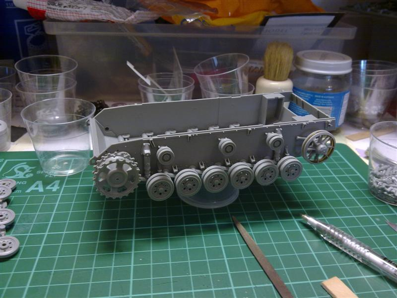 Andrew C's Build - Resupply on the Eastern Front - StuG III Ausf F/8 151120126136