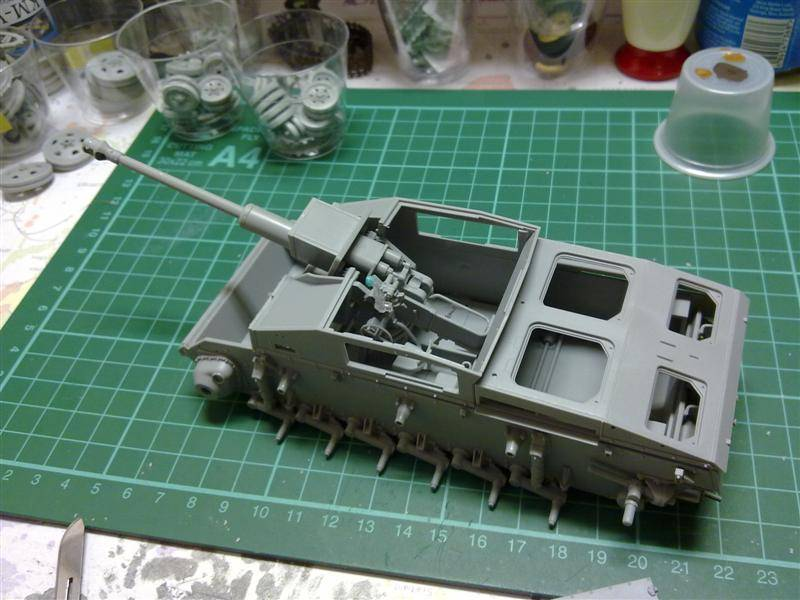 Andrew C's Build - Resupply on the Eastern Front - StuG III Ausf F/8 191120126146