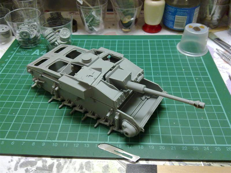 Andrew C's Build - Resupply on the Eastern Front - StuG III Ausf F/8 191120126149
