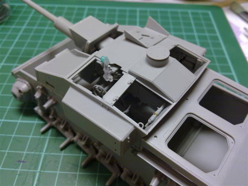Andrew C's Build - Resupply on the Eastern Front - StuG III Ausf F/8 191120126151