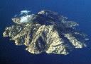 MONTECRISTO: una montagna nel mare