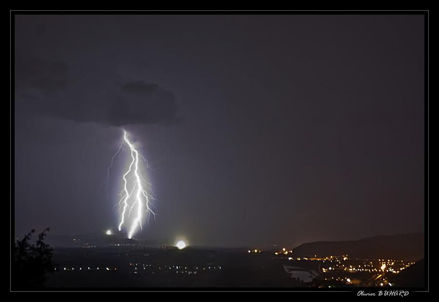 Orages ardéchois dans la nuit du 1 au 2 aout 2009 009103sup_forum