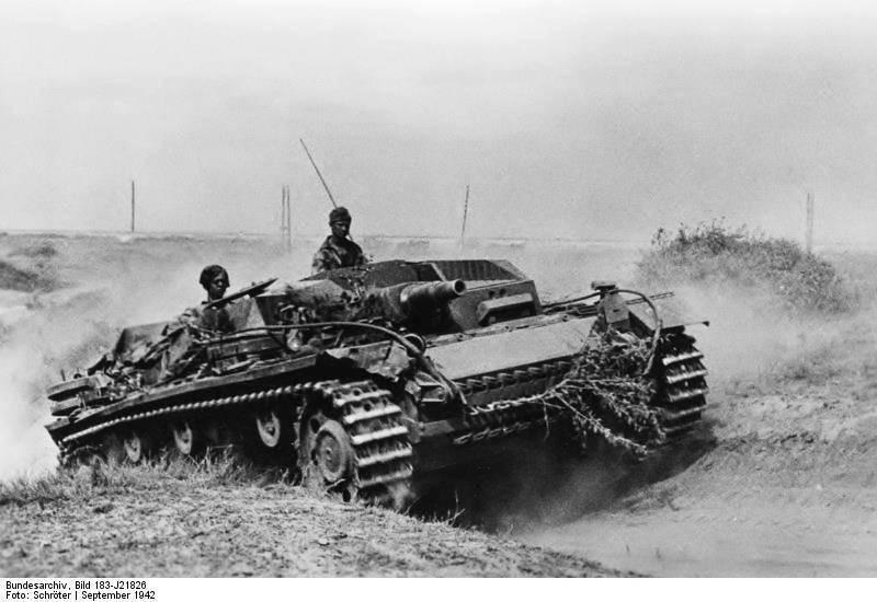 Sd.Kfz 142 StuG. III Ausf. B 1/35 531443_319412898127741_1567240892_n_zps574c7c8a