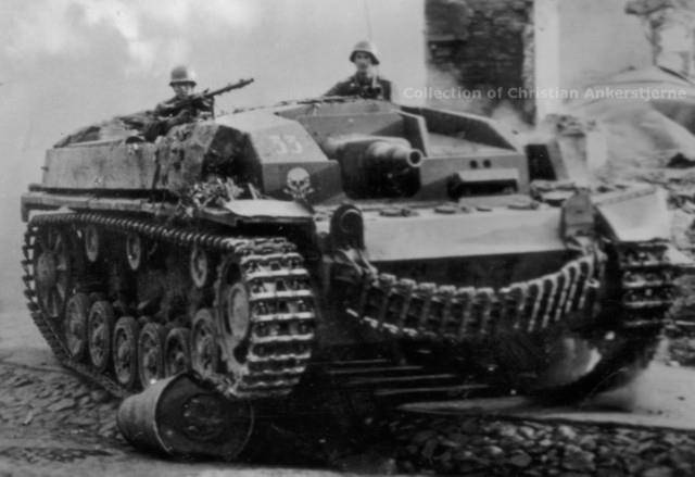 Sd.Kfz 142 StuG. III Ausf. B 1/35 600051_379091242159906_1242585263_n_zps9f11c184