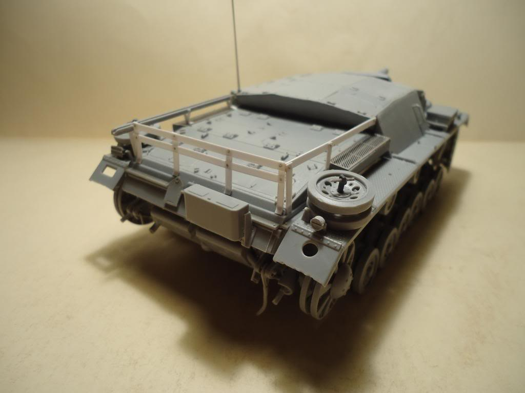 Sd.Kfz 142 StuG. III Ausf. B 1/35 DSC00815_zpsf1663c14