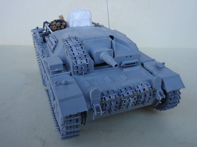 Sd.Kfz 142 StuG. III Ausf. B 1/35 DSC00834_zpsdfab37f2