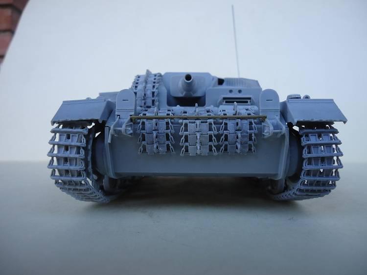 Sd.Kfz 142 StuG. III Ausf. B 1/35 DSC00835_zps2a15bf98