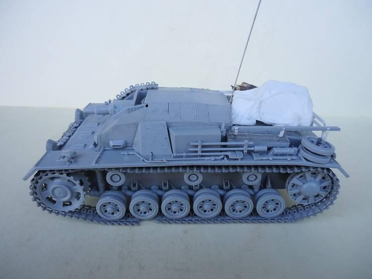 Sd.Kfz 142 StuG. III Ausf. B 1/35 DSC00837_zps82fed3c1