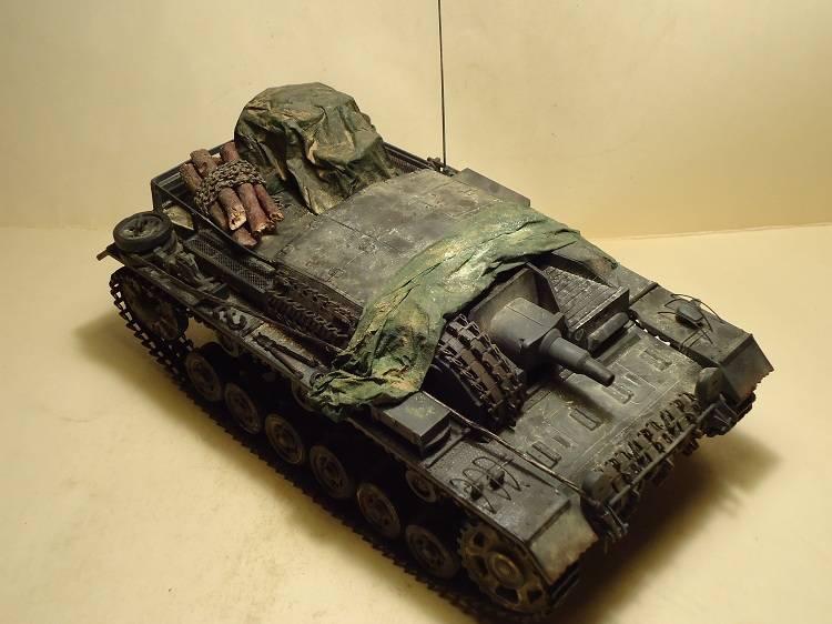 Sd.Kfz 142 StuG. III Ausf. B 1/35 DSC00888_zps0d39e1e8