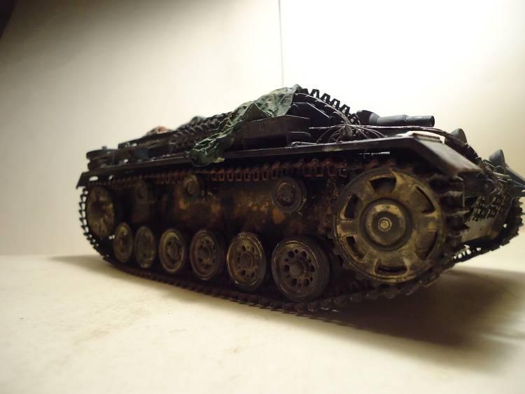 Sd.Kfz 142 StuG. III Ausf. B 1/35 DSC00889_zpsf1faa57f