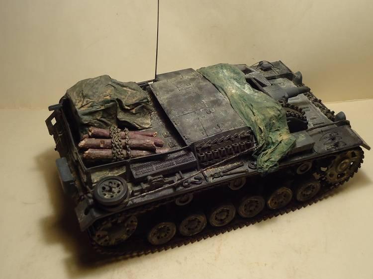 Sd.Kfz 142 StuG. III Ausf. B 1/35 DSC00892_zps0133e4e6