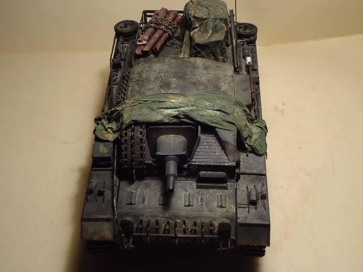 Sd.Kfz 142 StuG. III Ausf. B 1/35 DSC00894_zps074e30e1