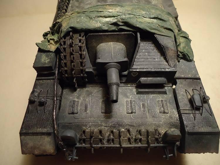 Sd.Kfz 142 StuG. III Ausf. B 1/35 DSC00898_zps775a3e54