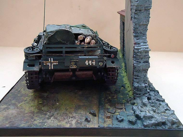 Sd.Kfz 142 StuG. III Ausf. B 1/35 DSC01344_zpsb3e42bf5