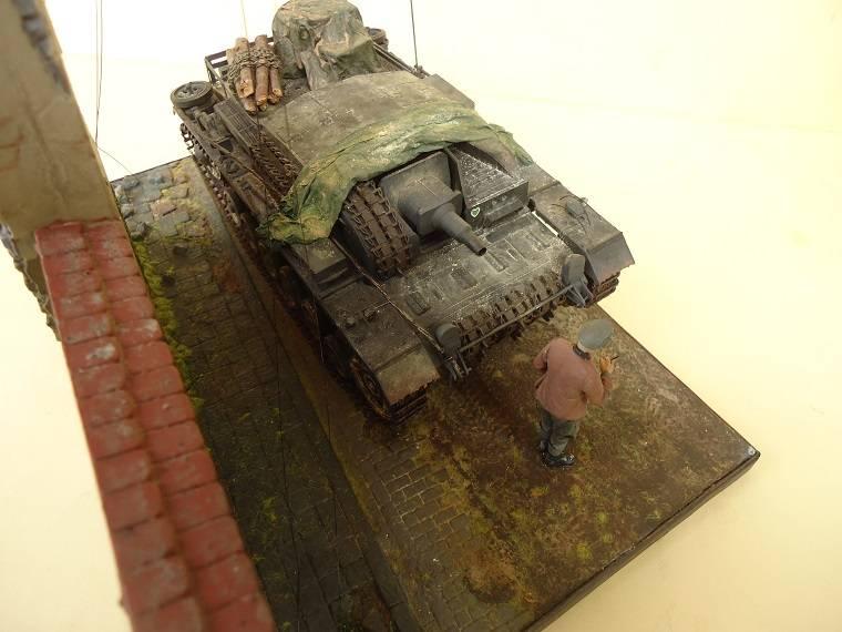 Sd.Kfz 142 StuG. III Ausf. B 1/35 DSC01379_zps02d7f82f
