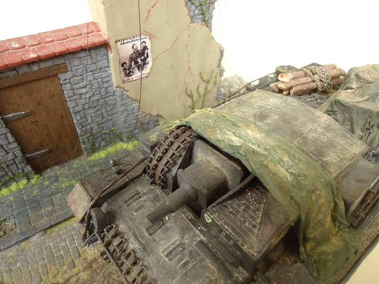 Sd.Kfz 142 StuG. III Ausf. B 1/35 DSC01380_zps543c7262