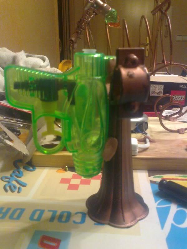 La Pistola de Ondas Hertzianas Amplificadas de Antena Espiral Dipolar Gama Rosetti Foto0253