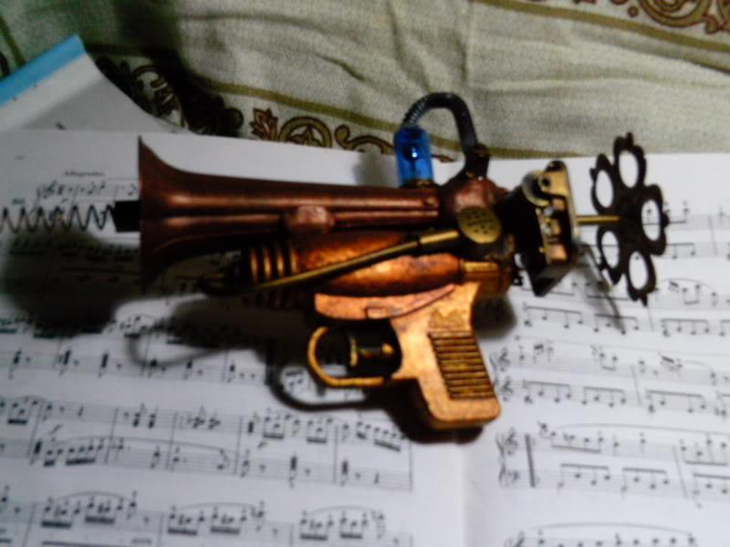 La Pistola de Ondas Hertzianas Amplificadas de Antena Espiral Dipolar Gama Rosetti PTDC0121