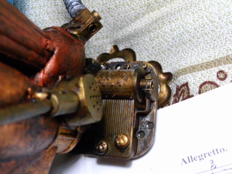 La Pistola de Ondas Hertzianas Amplificadas de Antena Espiral Dipolar Gama Rosetti PTDC0125