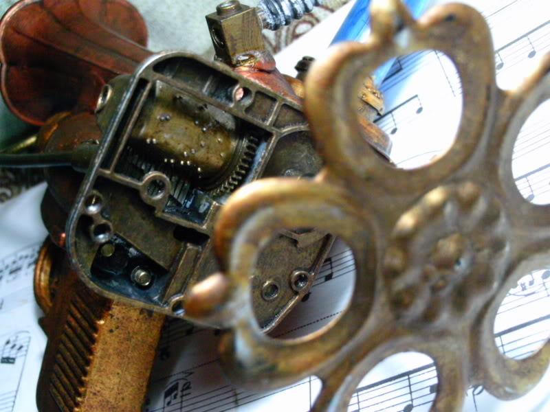 La Pistola de Ondas Hertzianas Amplificadas de Antena Espiral Dipolar Gama Rosetti PTDC0128