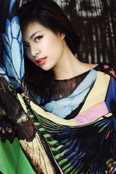 Cánh bướm xinh đẹp! :x HongThyLinh128