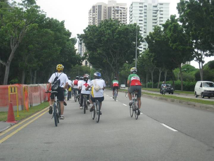 Youth CycleAbout @ Joo Chiat Photos/ Video (more pics updated 15/05/2010) 29970_388736134079_669634079_413993