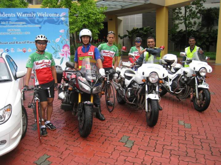 Youth CycleAbout @ Joo Chiat Photos/ Video (more pics updated 15/05/2010) 29970_388736374079_669634079_413996