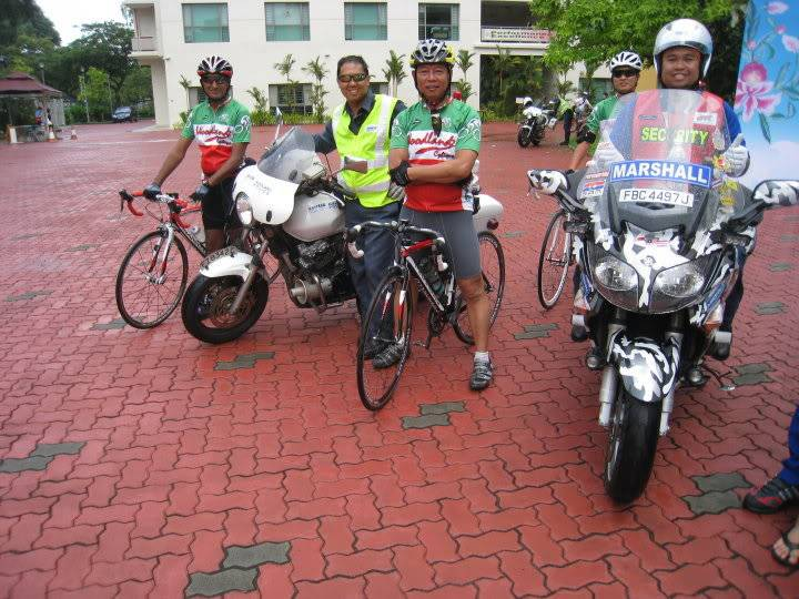 Youth CycleAbout @ Joo Chiat Photos/ Video (more pics updated 15/05/2010) 29970_388736379079_669634079_413996