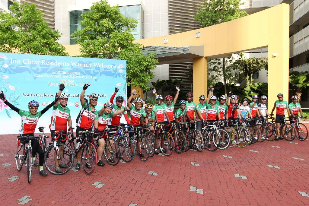 Youth CycleAbout @ Joo Chiat Photos/ Video (more pics updated 15/05/2010) 861460759_jc2026
