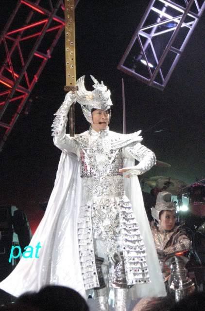 [15-10-2010] Hình ảnh liveshow Những Ca Khúc Kinh Điển ở Macau IMG_0697