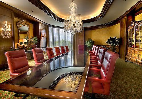 Inside the Hide-Out Meetingroom-1