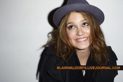 #2 Leighton Meester - Page 3 Terry09
