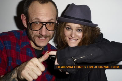 #2 Leighton Meester - Page 3 Terry12