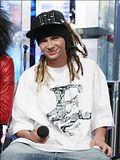 [Captures] MTV TRL 04/05 Aout 2008 Th_MTVTRL_Aug52008121