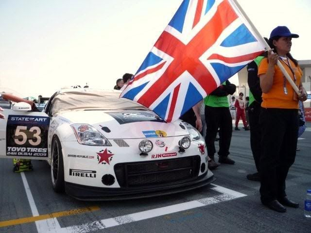 24 hour endurance race this weekend in Dubai P1000407