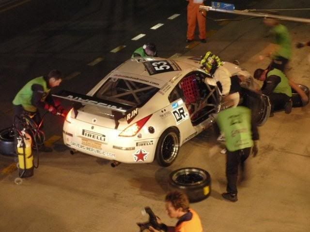 24 hour endurance race this weekend in Dubai P1000427