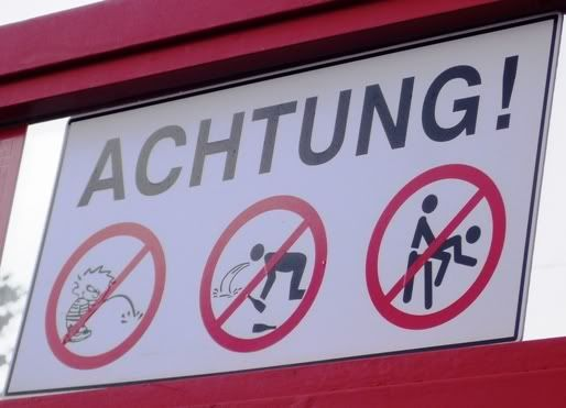 Unusual signs on the Austrian Piste last week P1030121small