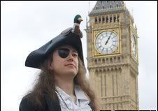 BBC new today - Mad Cap'n Tom _47740054_piratetom-016