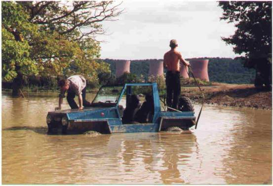 The other Scamp 4x4 build & 6 wheelers where are they now! Image006