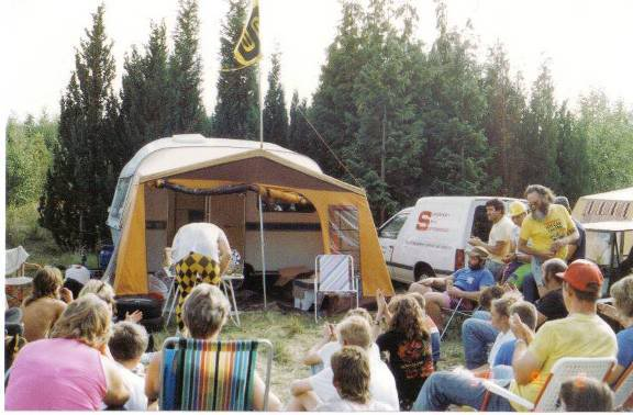Blast from the past - Picnic from 20 years ago Picnic1990