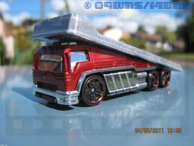Back Slider Tow Truck (Hot Wheels) 045