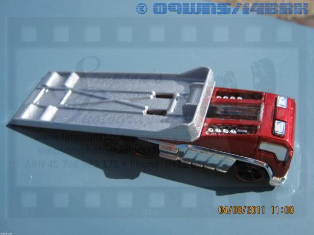Back Slider Tow Truck (Hot Wheels) 048