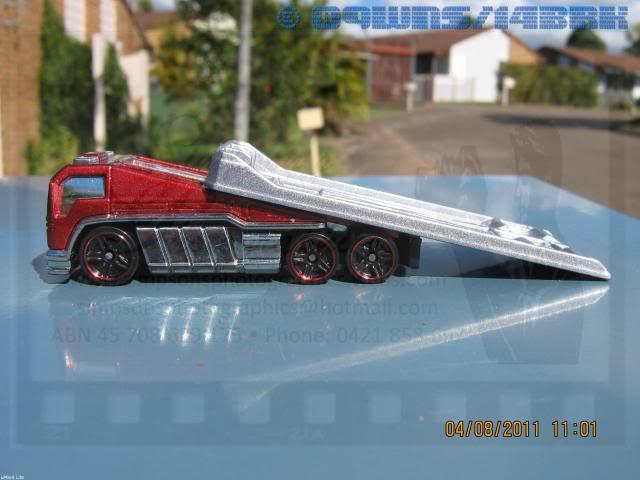 Back Slider Tow Truck (Hot Wheels) 051