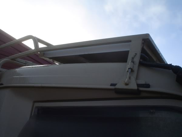 Solar panel mounting Pannel2