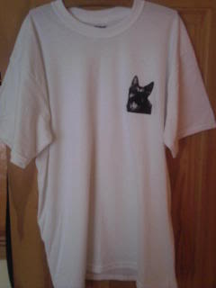 Item 10 - GSD T Shirt Size X Large Photo-0006