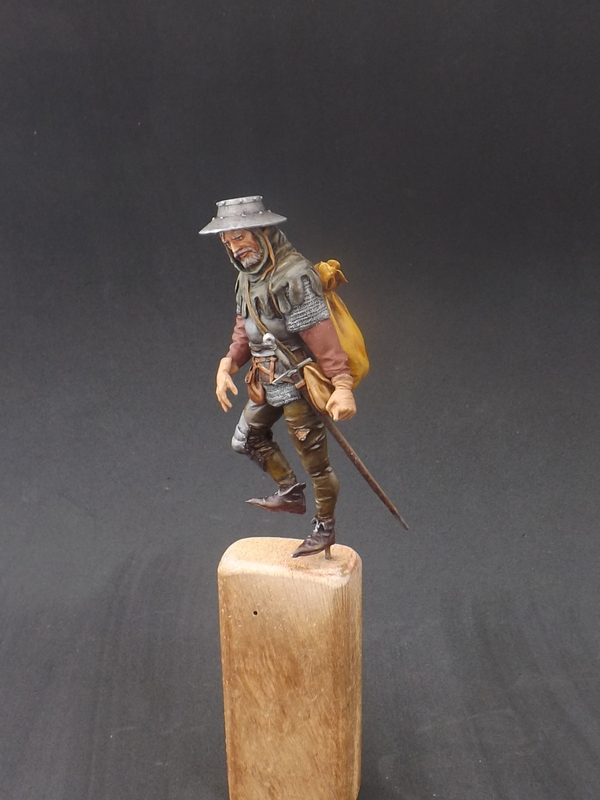 Infantryman of rhe 15th century - Castle Miniatures 75mm Halberder%20043_zpseftz0rsb