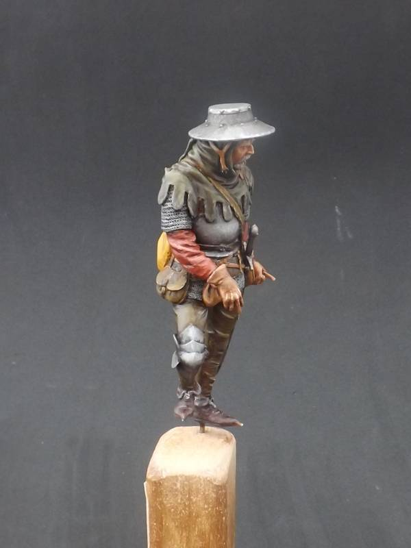 Infantryman of rhe 15th century - Castle Miniatures 75mm Halberder%20047_zpsed2j2cmy
