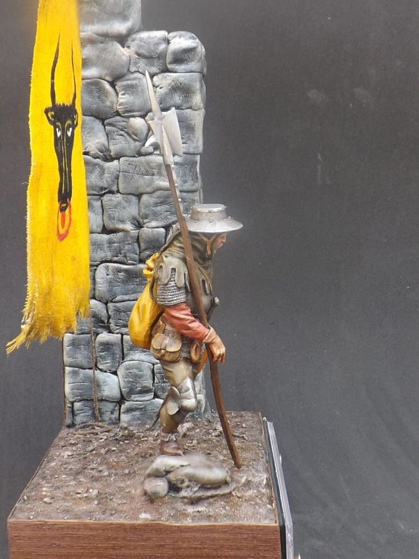 Infantryman of rhe 15th century - Castle Miniatures 75mm - Página 2 Halberder%20060_zpsvg3vdlkd